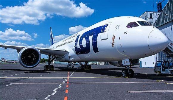 LOT operează trei zboruri pe săptămână între Varsovia și Beijing