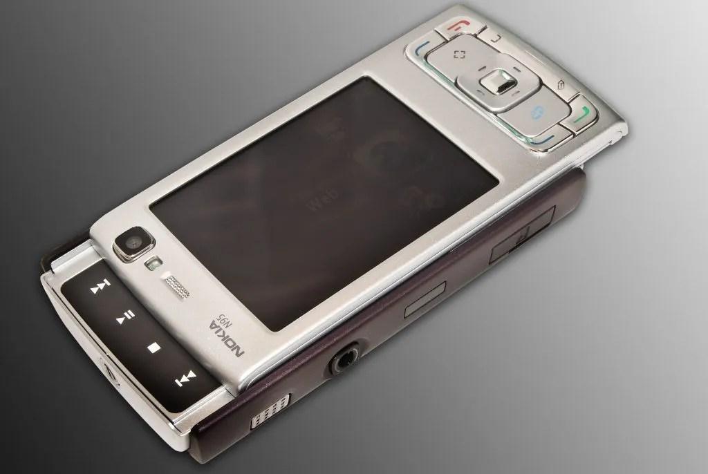 Nokia N95 Media Keys Open
