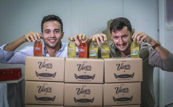 Una carrera de Chicago a Granada para fabricar el refresco que cambió sus  vidas