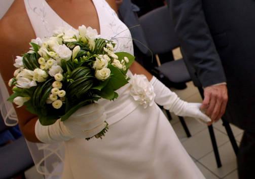 Perussuomalaisten nuorten mukaan avioliitto kuuluu yhdelle miehelle ja yhdelle naiselle.