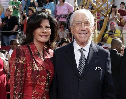 Ed McMahon osallistui viime syyskuussa Emmy-gaalaan yhdessä vaimonsa Pam Hurnin kanssa.