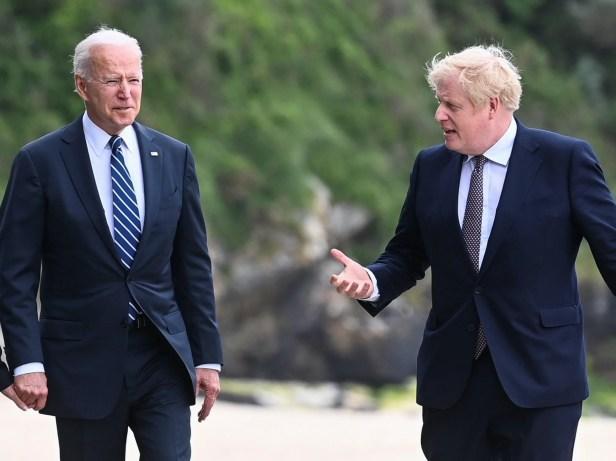 <p>Joe Biden and Boris Johnson in Carbis Bay</p>