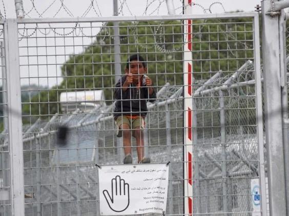 child-refugee-lesbos.jpg