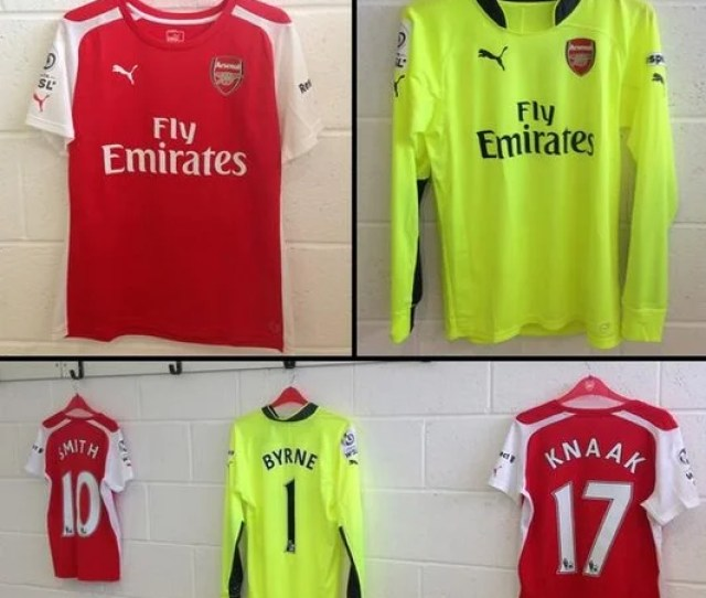 The Kit That Arsenal Ladies Wore On Sunday Looks Suspiciously Like The Ones The Men