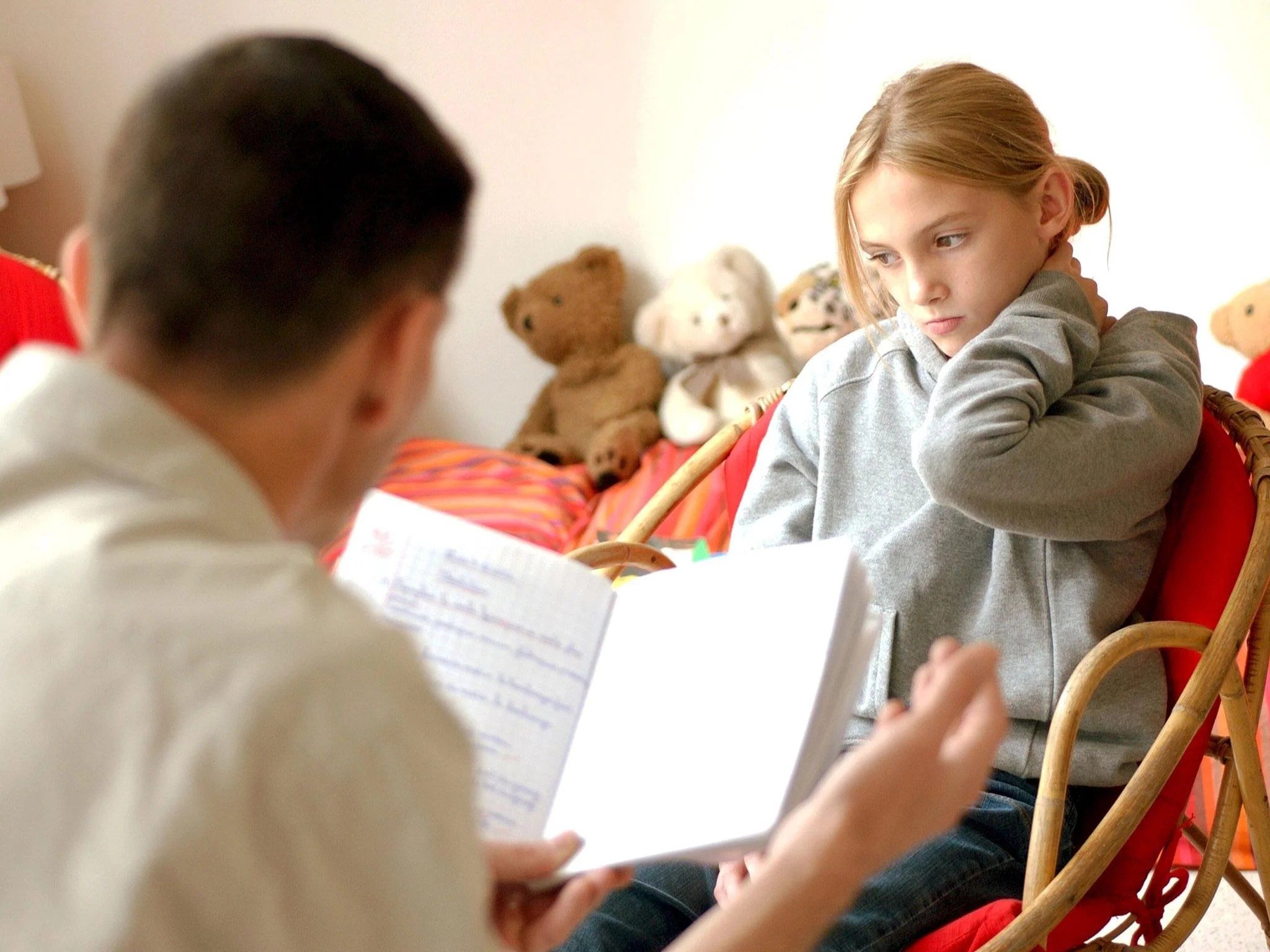 Overly Controlling Parents Cause Their Children Lifelong