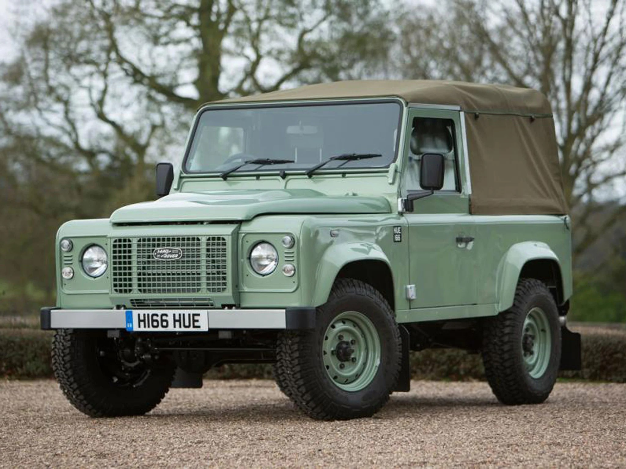 Land Rover Final Defender 90 Heritage signs off 68 year