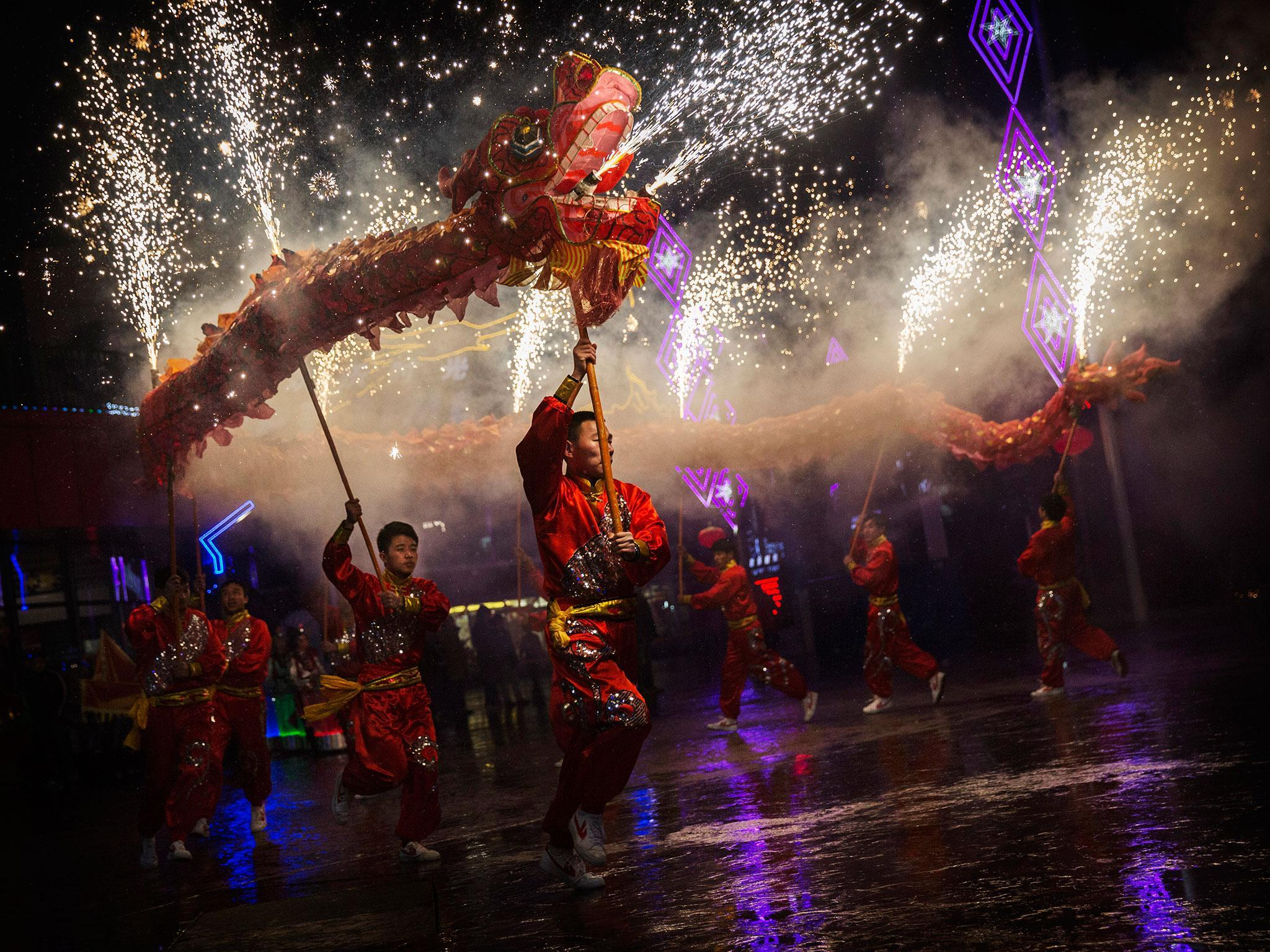 Chinese New Year London To Experience Shopping Gold