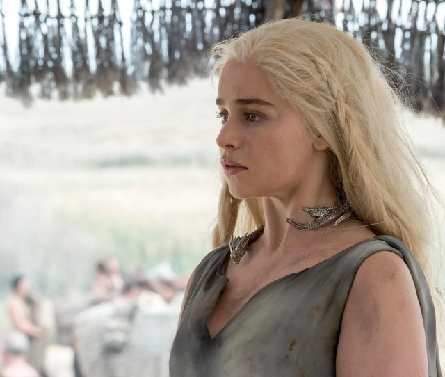 Emilia Clarke Really Annoyed By Game Of Thrones Nudity Discussion