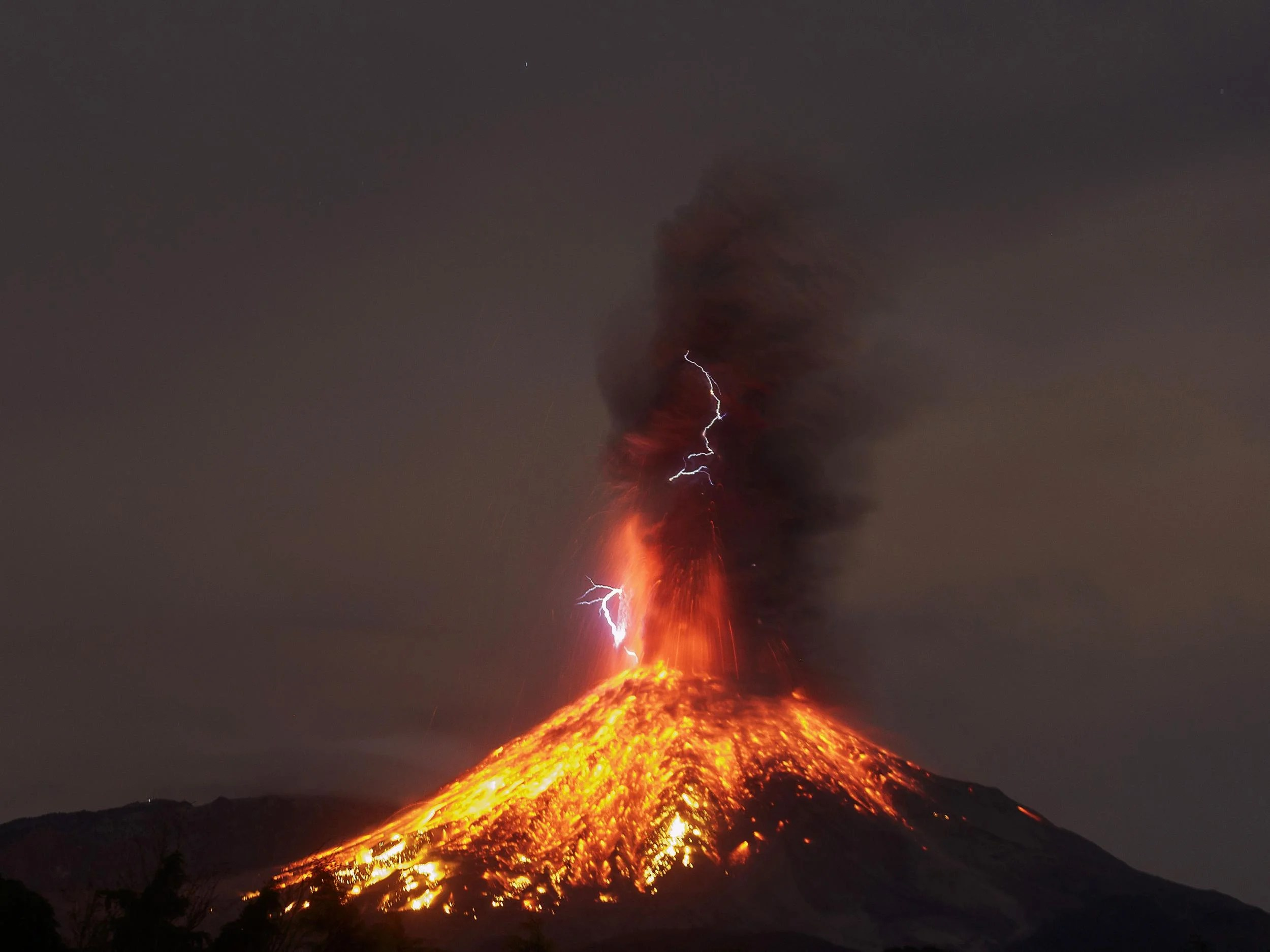 Volcanic Thunder Sound Captured For First Time By