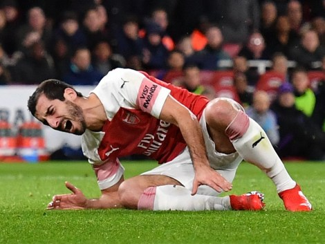 Bildergebnis für Henrikh Mkhitaryan Ruled out for 6 weeks with fractured foot as Arsenal injury crisis deepen