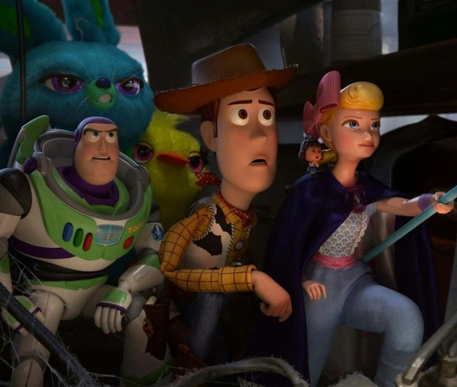 Tim Allen Tom Hanks And Annie Potts Return As The Voices Of Woody Buzz