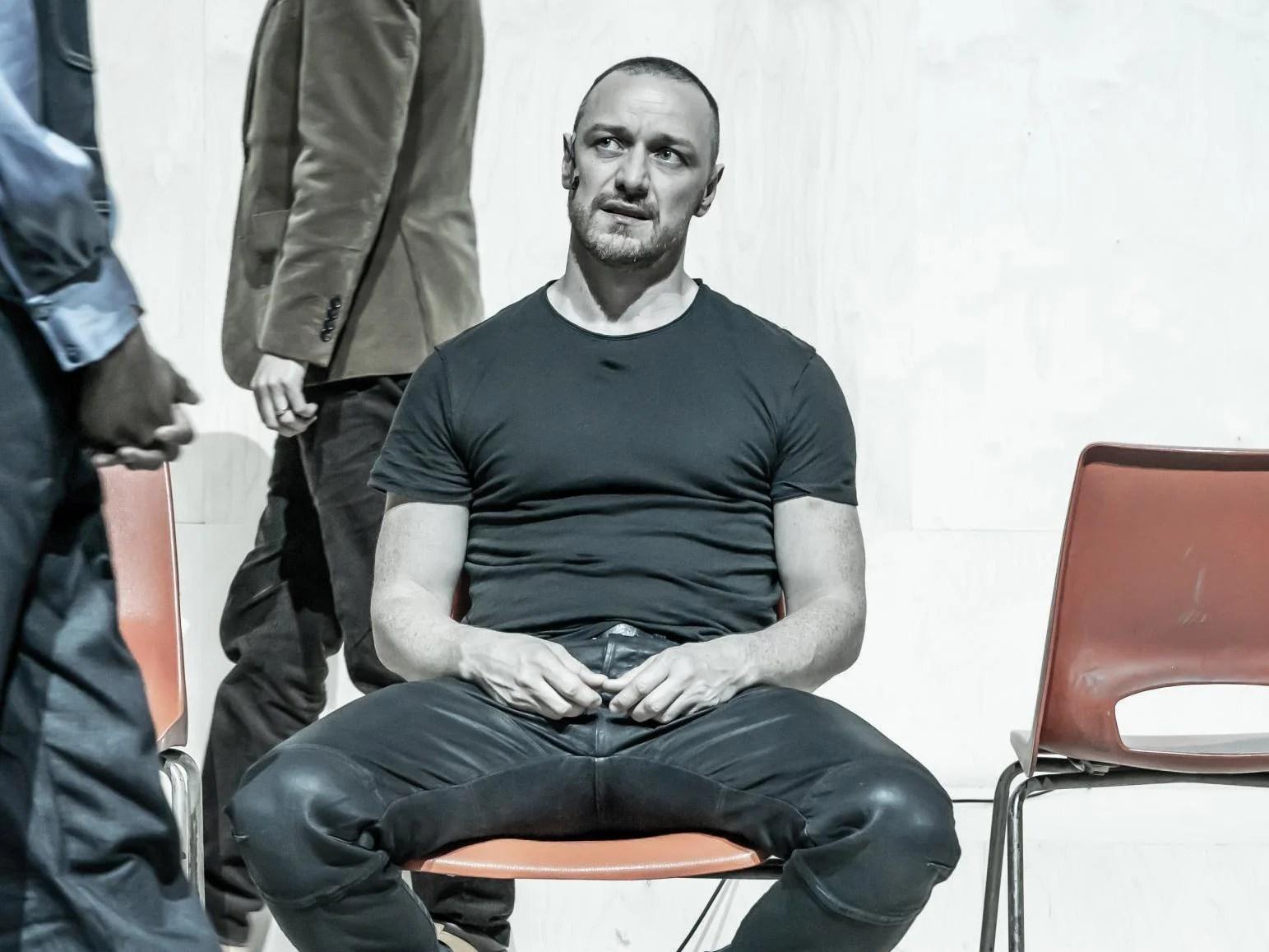 Cyrano De Bergerac Review Playhouse A Very Good James