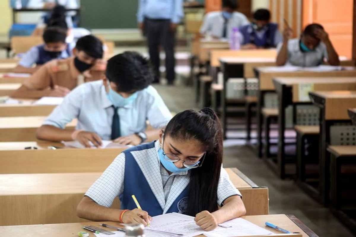 CBSE Exam 2021 Won't be Held in March, Don't Believe in Reports, Board Issues Clarification