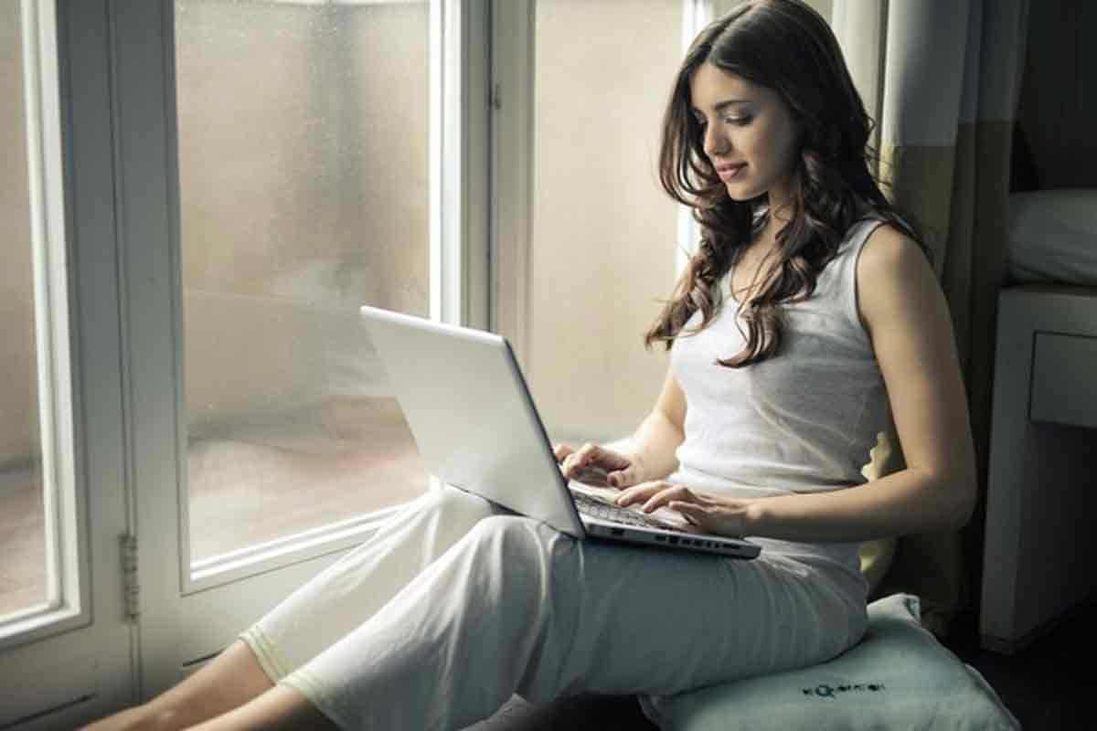 Top 5 Tech-Savvy Tips to Boost Your Work From Home Productivity and Efficiency