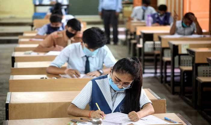 Schools in Delhi to Reopen For Classes 9, 11 From Feb 5; Physical Attendance Not Compulsory