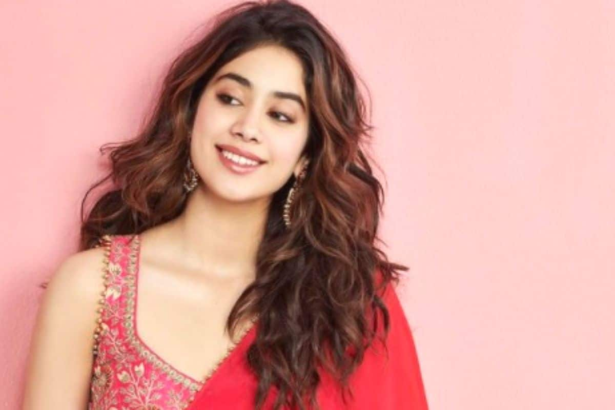 Janhvi Kapoor Issues Statement Supporting Farmers After Sets of Good Luck Jerry Halted in Punjab
