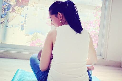 Amrita Rao's 'Surreal' Picture Breastfeeding Her Newborn Son Veer is Beautiful, RJ Anmol Salutes Mothers