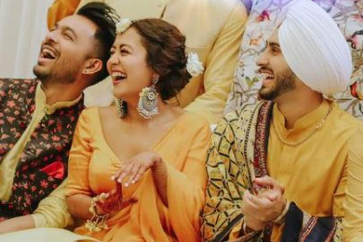 Neha Kakkar Shares Unseen Pictures From Her Haldi Ceremony With Rohanpreet Singh