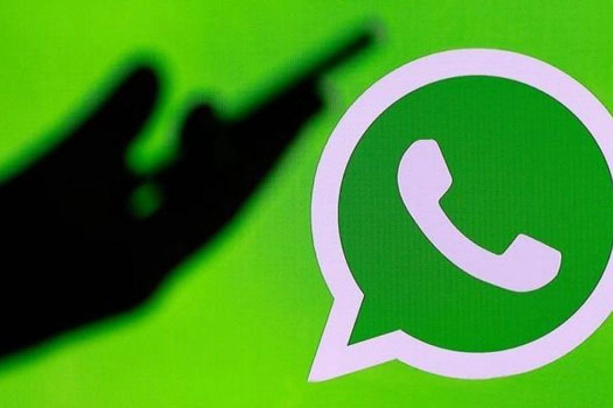 Messaging App Changes Colour, 'Mark as Read