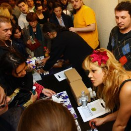 nouvelle-vague-autografe-bucuresti-alex_barbulescu13