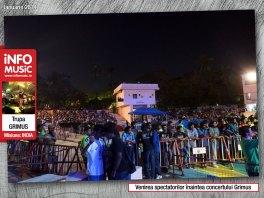 Publicul devenea tot mai numeros cupuțin timp înainte de începerea concertului Grimus