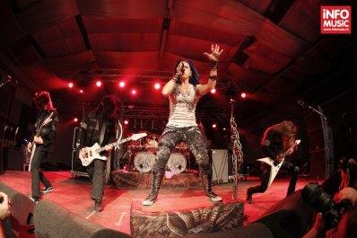 Arch Enemy în concert la TurboHalle.