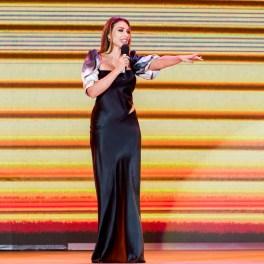 Iulia Vântur la Gala Festivalului Cerbul de Aur 2018