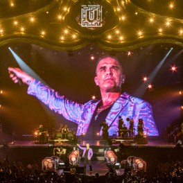 Robbie Williams în concert la UNTOLD 2019