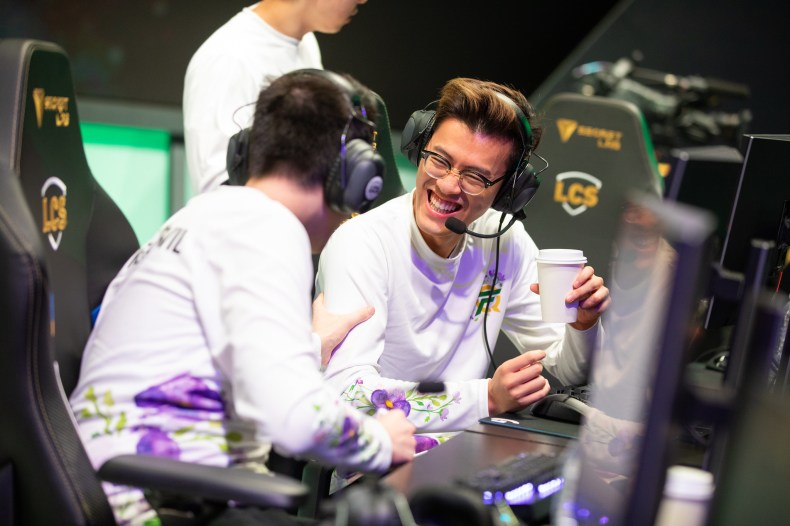 League of Legends: FlyQuest is the 2nd team to qualify for the 2020 LCS  Spring Playoffs - Inven Global