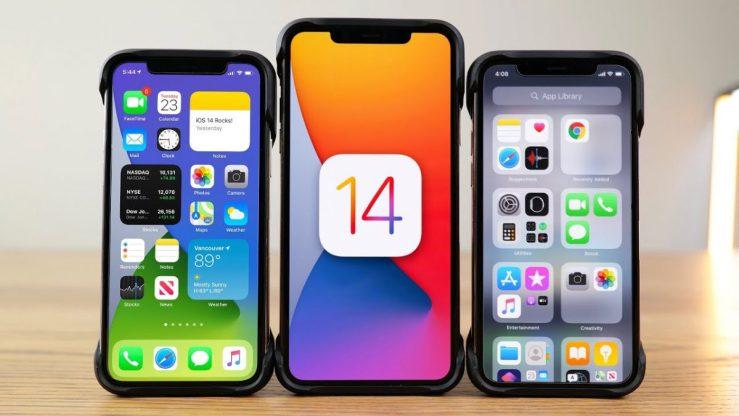 iPhone et logo d'iOS 14