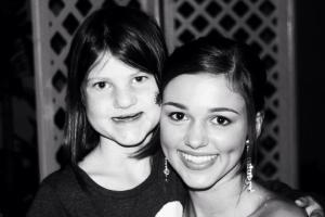 Mia (l) and cousin Sadie