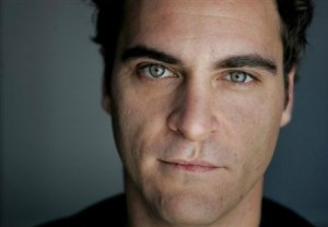 Joaquin Phoenix facial shot showing the scar from his Microform cleft lip