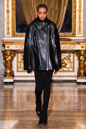 Ermanno Scervino: Ermanno Scervino Fall Winter 2021-22 Fashion Show Photo #30