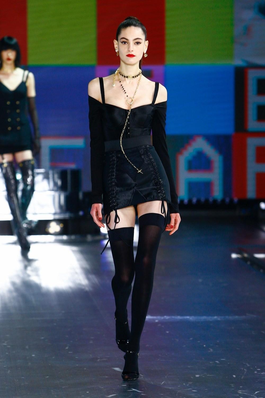 Dolce & Gabbana: Dolce & Gabbana Fall Winter 2021-22 Fashion Show Photo #27
