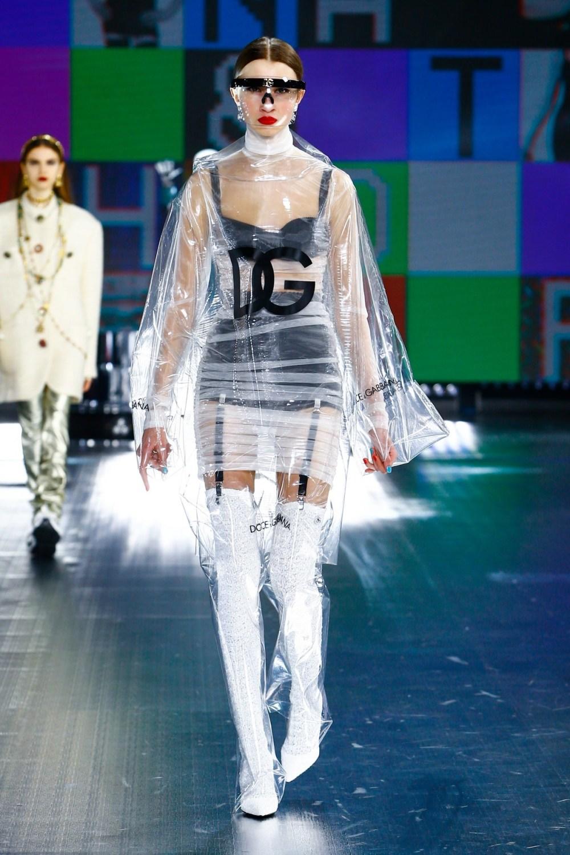 Dolce & Gabbana: Dolce & Gabbana Fall Winter 2021-22 Fashion Show Photo #42