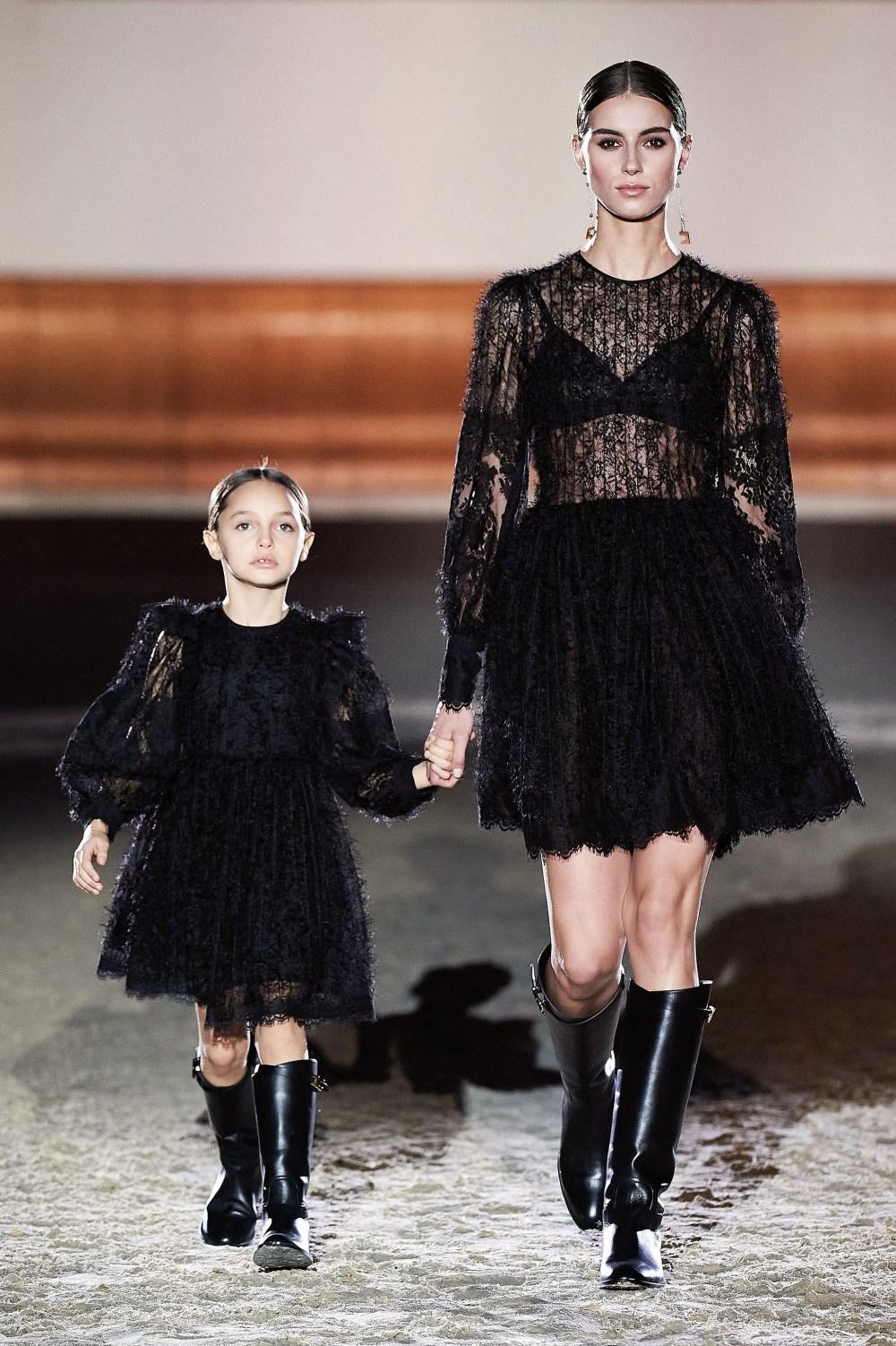 Elisabetta Franchi: Elisabetta Franchi Fall Winter 2021-22 Fashion Show Photo #29