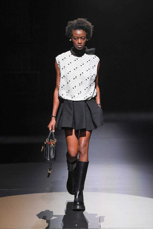 Valentino: Valentino Fall Winter 2021-22 Fashion Show Photo #37
