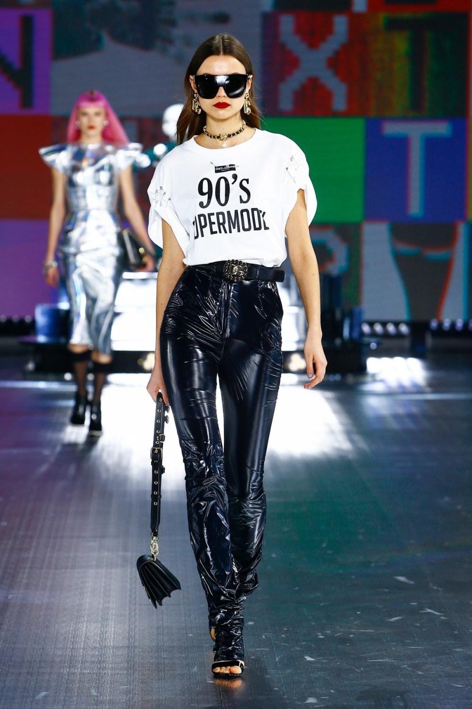 Dolce & Gabbana: Dolce & Gabbana Fall Winter 2021-22 Fashion Show Photo #31