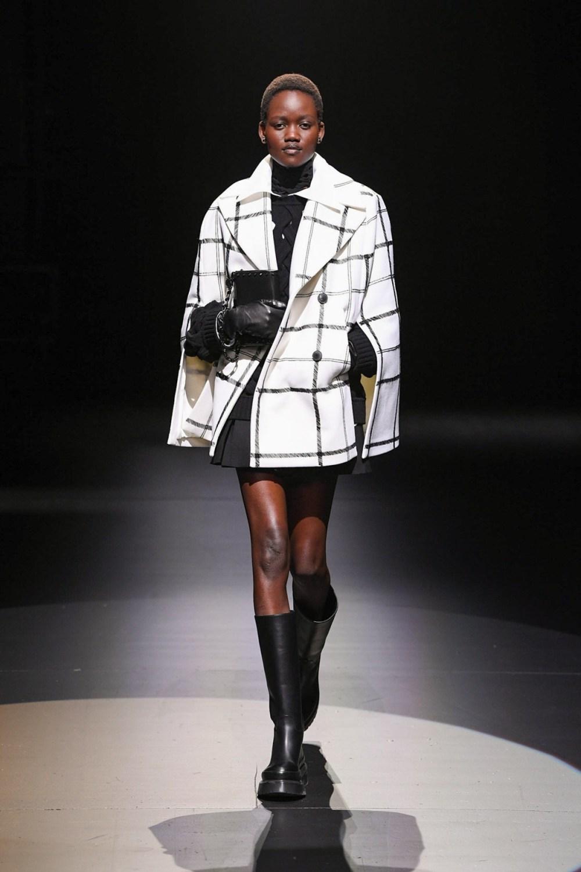 Valentino: Valentino Fall Winter 2021-22 Fashion Show Photo #5