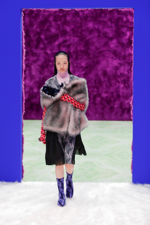 Prada: Prada Fall Winter 2021-22 Fashion Show Photo #26
