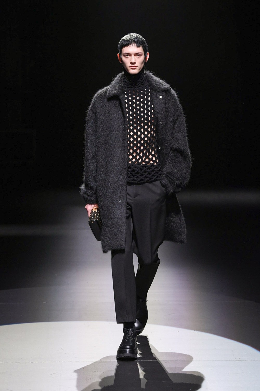Valentino: Valentino Fall Winter 2021-22 Fashion Show Photo #35