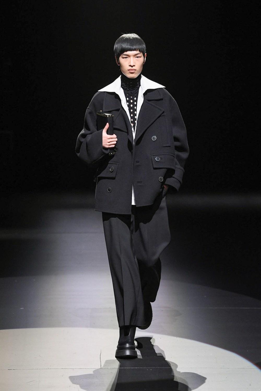 Valentino: Valentino Fall Winter 2021-22 Fashion Show Photo #27
