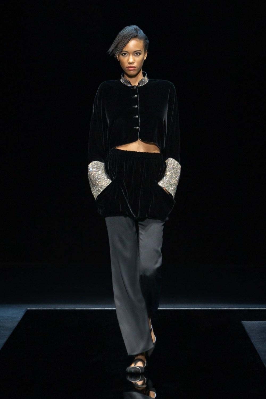 Armani: Giorgio Armani Fall Winter 2021-22 Fashion Show Photo #44
