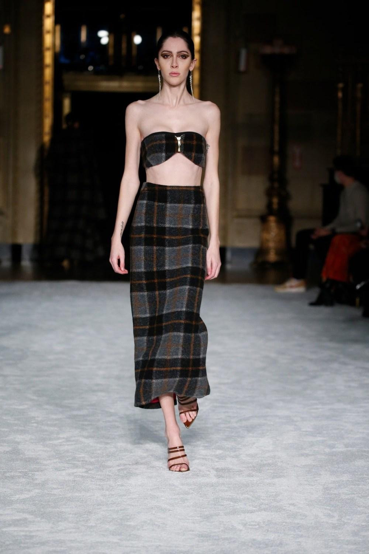 Christian Siriano: Christian Siriano Fall Winter 2021-22 Fashion Show Photo #4