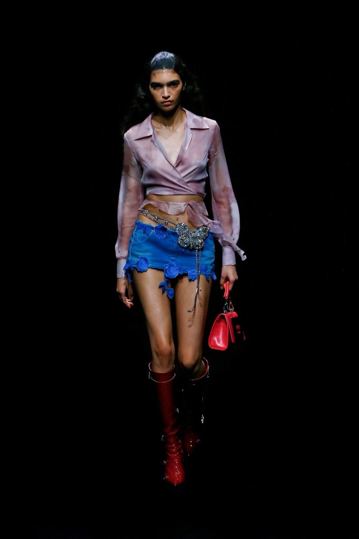 Blumarine: Blumarine Fall Winter 2021-22 Fashion Show Photo #21