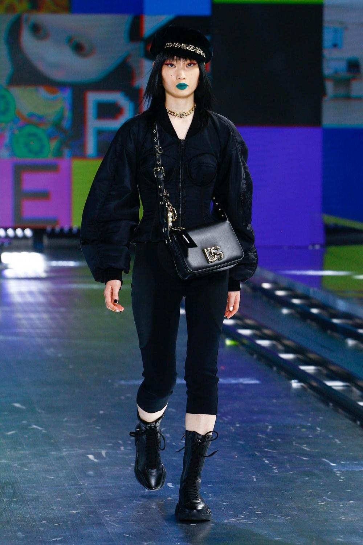 Dolce & Gabbana: Dolce & Gabbana Fall Winter 2021-22 Fashion Show Photo #33