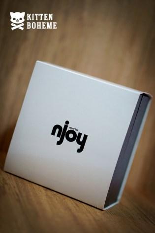 Njoy Pure Plug Glossy White Outer Sleeve