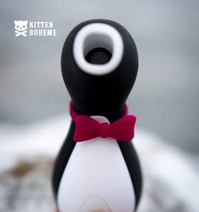 Satisfyer Pro Penguin Next Generation Bow Tie Detail
