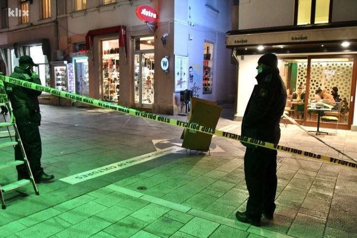 Očevici kažu da je napadač nakon pucnjave pobjegao u pravcu Katedrale (Foto: I. Š./Klix.ba)