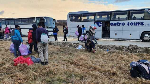 Prazni autobusi već napuštaju USK (Foto: Ademir Veladžić)